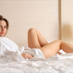 preview_brunettes_women_beds_bedroom_irina_buromskih_anya_irin_desktop_3000x2008_hd-wallpaper-943164